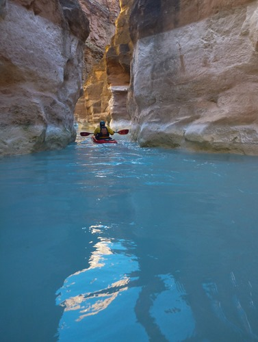 Amazing aqua blue waters of Havasu Canyon